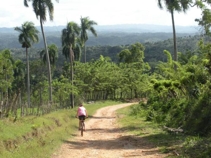 Dominican Republic Bicycle Touring El Choco